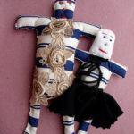 StudioClio apresenta exposição 'As bonecas de Dona Lucy'