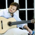 Yamandu Costa estreia novas músicas no StudioClio