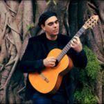 Cesar Santos apresenta CD 'da porteira pra dentro'
