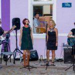 Ecarta Musical recebe grupo Crê Tinas, neste sábado (20)