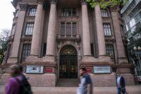 Santander Cultural fecha por três meses para reformas