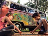 Projeto 'Cadê Infância' acontece na comunidade do Planetário em Porto Alegre