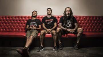 Dead Fish faz show em Porto Alegre neste domingo, dia 20
