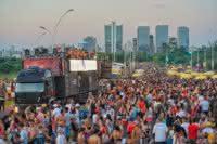 Carnaval de Rua começa neste sábado em Porto Alegre